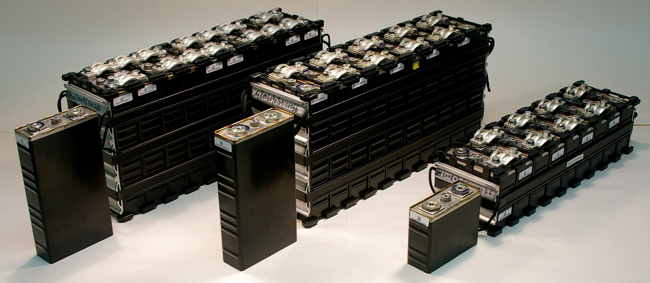 Marine Lithium propulsion battery