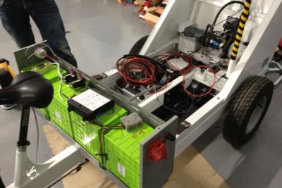 Véhicule de livraison du dernier kilomètre équipé d'une batterie PowerModule® 48V-6kWh