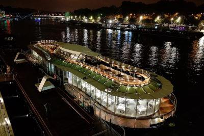 Système PowerRack pour la traction et l'énergie du bateau 'Ducasse sur seine', Paris, France